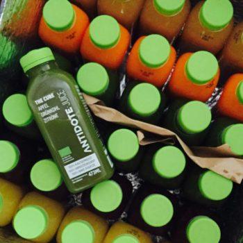 Ein Antidote Bio Saftkur Paket kommt gut gekühlt bei dir an.