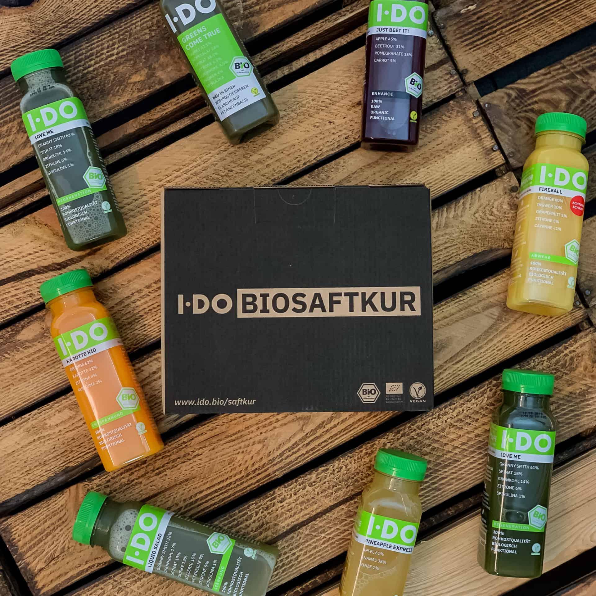IDO Bio Saftkur 8er Tagesbox mit den verschiedenen Säften