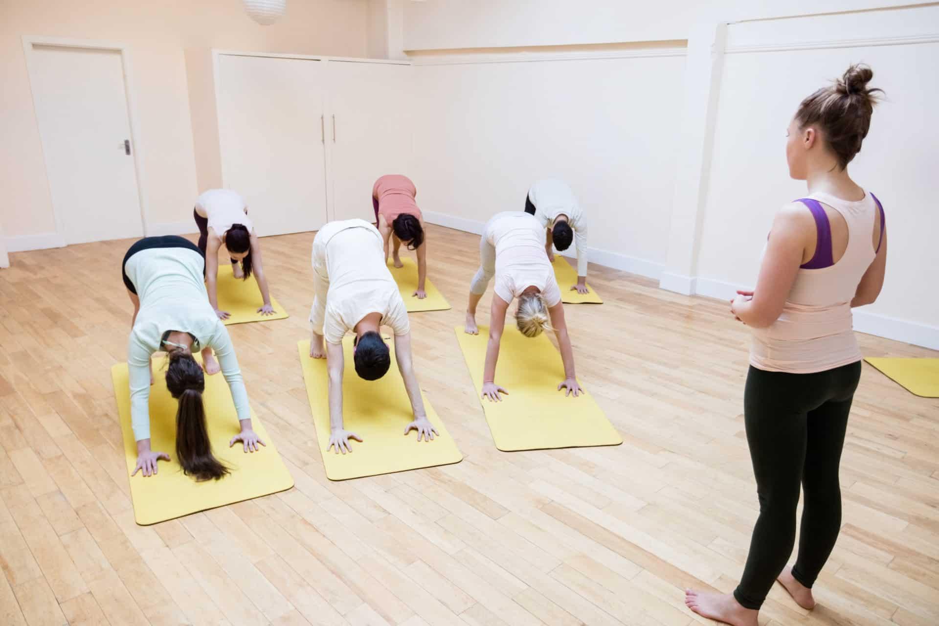 Vorwärtsbeuge Yoga